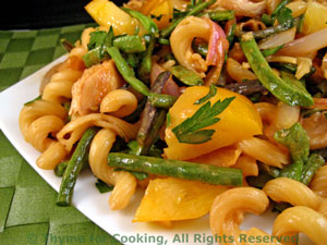 Chicken, Green Bean, Tomato Pasta with Peanut Dressing