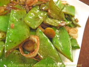 Snow Peas with Spring Onions