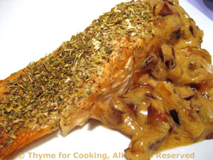 Baked Salmon with Creamed Onions