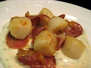 Seared Scallops with Prosciutto on Tarragon Cream
