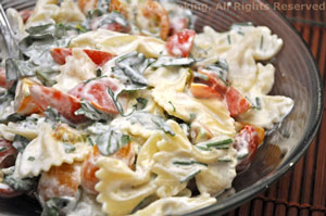 Pasta with Creamy Goat Cheese
