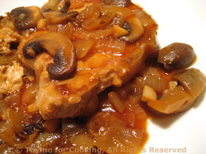 Pork Chops with Mushroom Pan Sauce