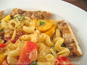 Pasta with Zucchini (Courgette) and Grilled Chicken