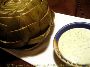 Artichoke with Yogurt Sauce